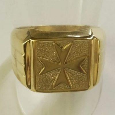 Maltese Cross ring 9ct Gold Square stripes